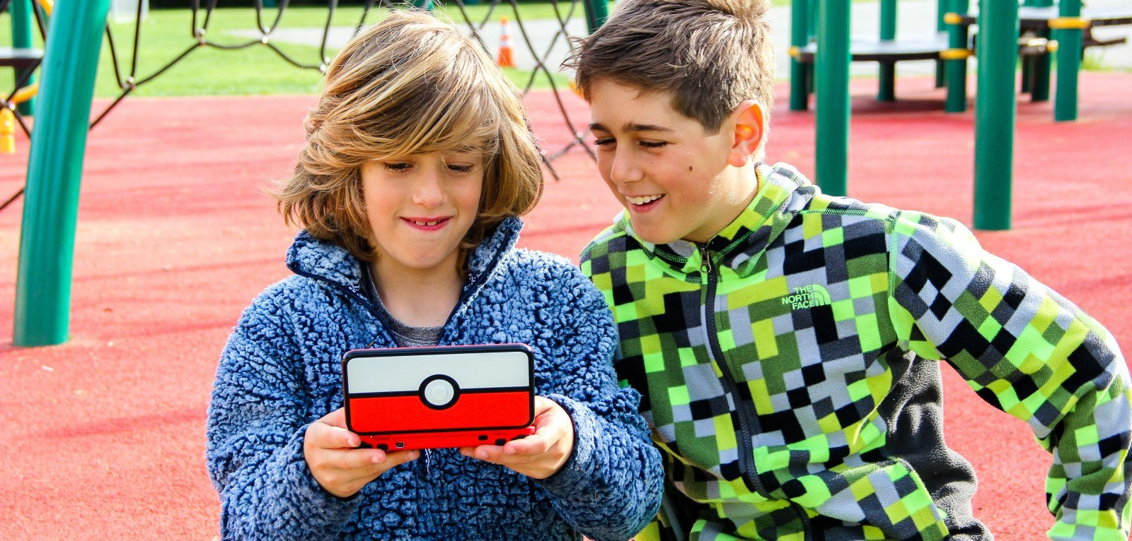 kids playing pokemon video games